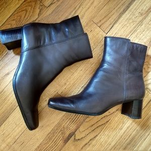 9West chocolate brown leather ankle boots